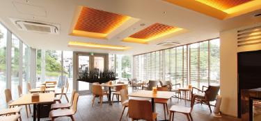 skyカフェ|横濱聖苑