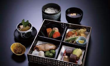 「おまかせ会席膳」 4,900 円(税込)