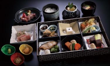 「おまかせ会席膳」9,900 円(税込)