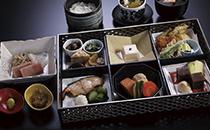 「おまかせ会席膳」7,900 円(税込)